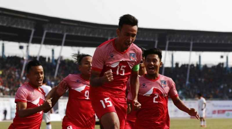 नेपालले इंग्ल्यान्डसँग मैत्रीपूर्ण खेल खेल्नेसागका पदक विजेताको नगरपरिक्रमा आज,सवारी आवागमन प्रभावित नहुने नेपाल निलो र जापानी टिमबीचको मैत्रीपूर्ण खेल आज, टिकट मूल्य कति ?where and how to watch Nepal vs Bhutan football match liveनेपाली टिमका फरवार्ड रेजिनले फुटबलको फाइनल खेल गुमाउने१३ औं साग फुटबल(फाईनल): स्वर्ण पदकको लागि नेपाल र भुटान भिड्दै१३औं साग फुटबल(पुरुष): फाईनलमा पुग्न नेपालले बराबरी खेले पुग्ने13th SA Games 2019 Men's Football: Nepal vs Maldives नेपालले भुटान ४-० गोल अन्तरले हरायो