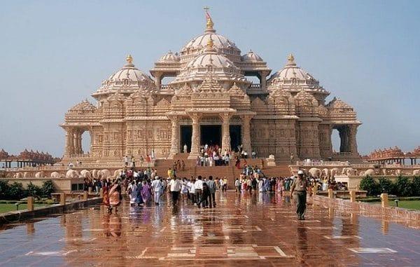 विश्वका १० ठुला हिन्दू मन्दिरहरु र तिनको स्थान