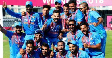 कुन भारतीय क्रिकेटरले कति तलब पाउँछन ?