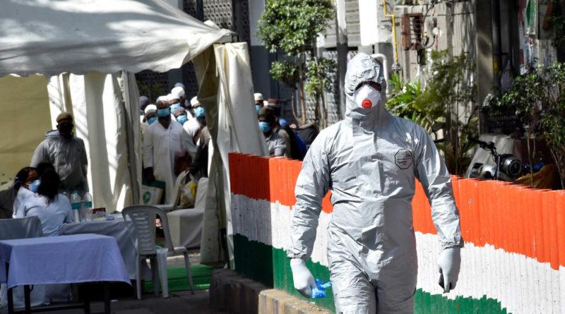 भारतमा कोरोना संक्रमितको क्रम बढ्दै, संक्रमण ६७२५ मा फैलियो