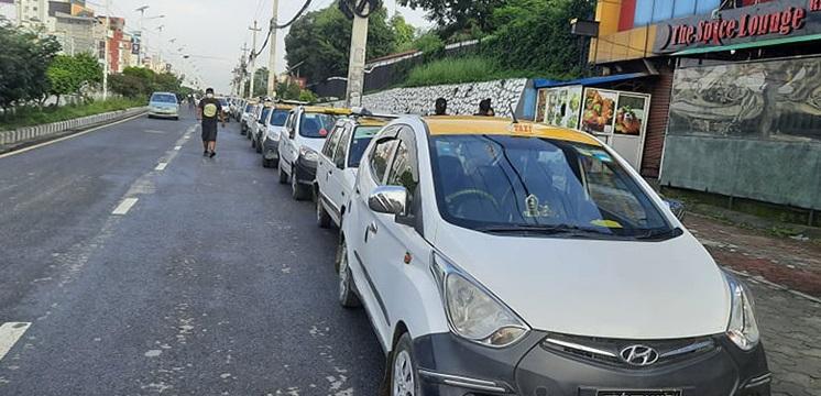 ट्याक्सी चालकद्वारा आन्दोलन