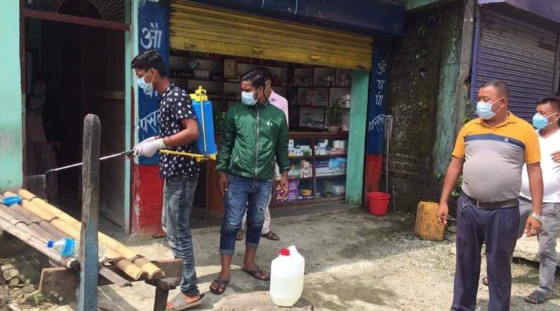 केराबारीको देवीझोड़ा स्थितघर-घरमा निर्मलीकरण अभियान सुरु